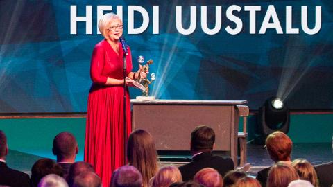 """HEIDI JA JOOSEP: """"Head kaasteelised, tänu teile saan siin seista põlvede värisedes ja tunda õnnetunnet,"""" ütles Heidi Uustalu Joosepi auhinnakuju vastu võttes."""
